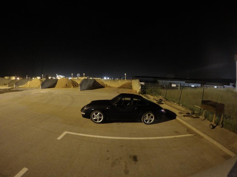 Tout petit shooting de nuit ...993 bleue Gopr3911
