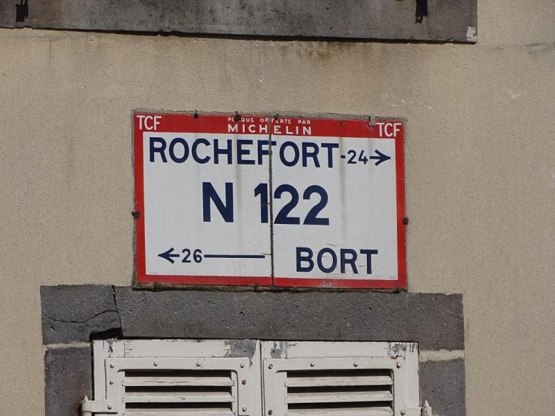 6R6 dans le Cantal Dsc01016