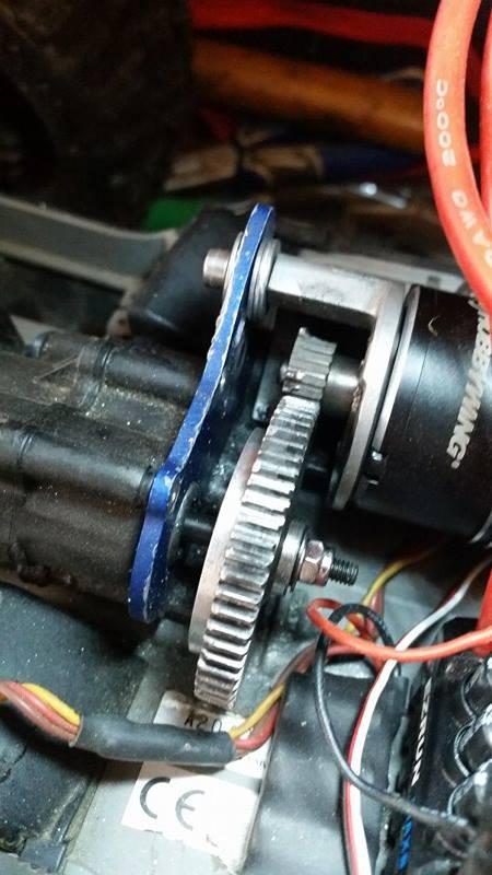 Problème pignon moteur , slipper. B10