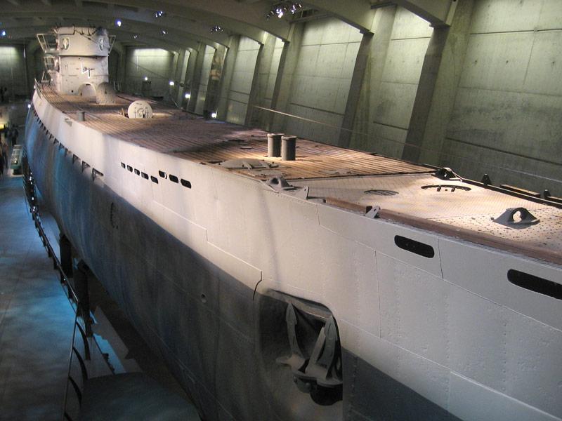 Photos navires insolites - Page 2 U-505c10