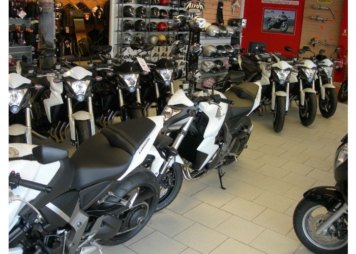Des noiraudes neuves à 9900 euros 24888711