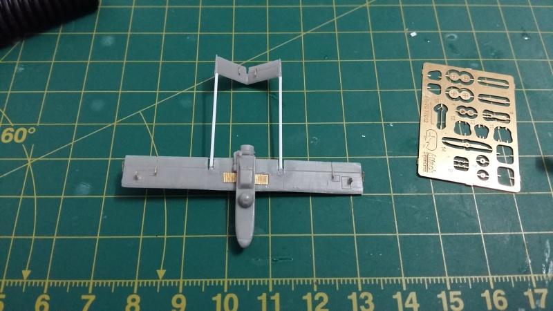US Navy Landing Craft Air Cushion (LCAC)   1-72  Trumpeter - Page 2 20160610