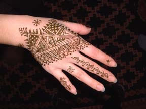 henna style for full hand Feb_pa10