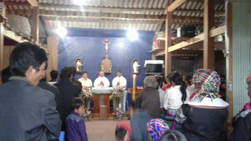 Người Công Giáo H, Mông ở Điên Biên Hmoob Kav Tos liv (Catholic) nyob xeev Dien Bien cob tsib teb - Page 2 1112
