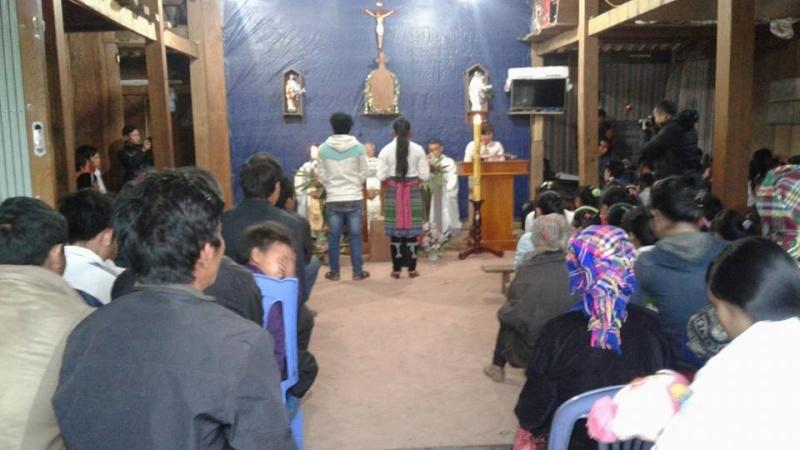 Người Công Giáo H, Mông ở Điên Biên Hmoob Kav Tos liv (Catholic) nyob xeev Dien Bien cob tsib teb - Page 2 1412