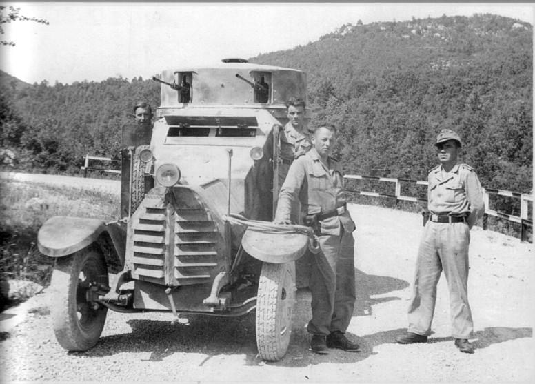 Guérilla et contre-guérilla dans les Balkans [Dossier photo] 1zm-0110