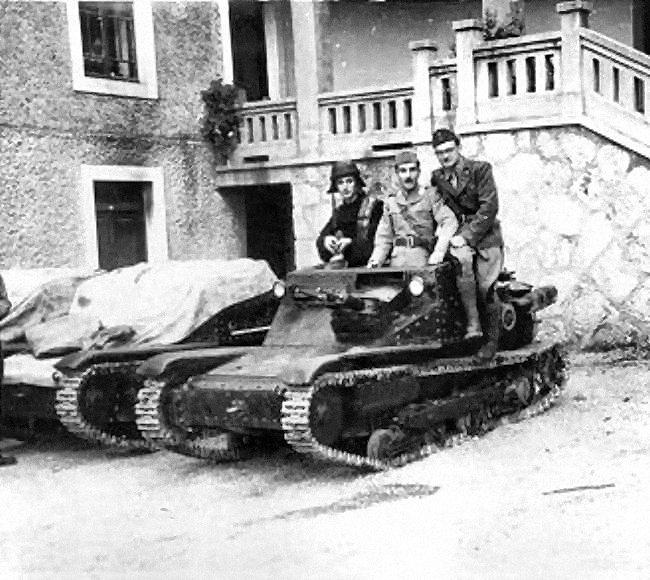 Guérilla et contre-guérilla dans les Balkans [Dossier photo] Cv33_c10