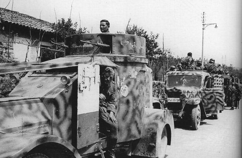 Guérilla et contre-guérilla dans les Balkans [Dossier photo] The_la10