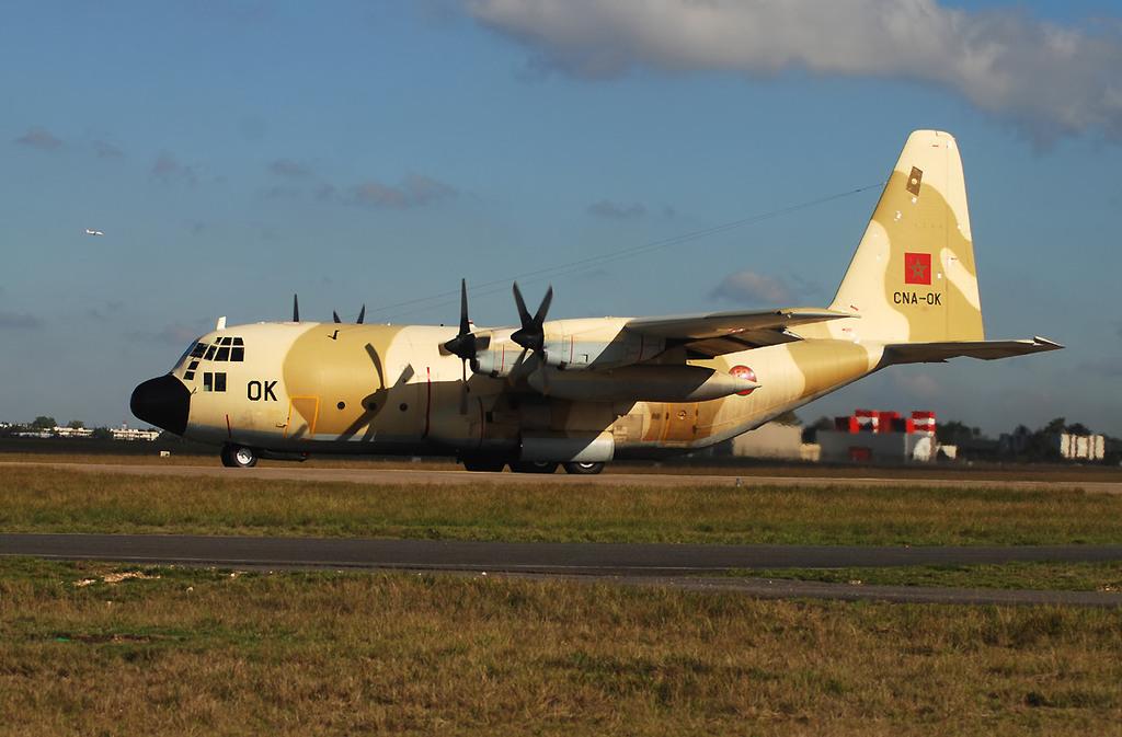 FRA: Photos d'avions de transport - Page 7 Acb310
