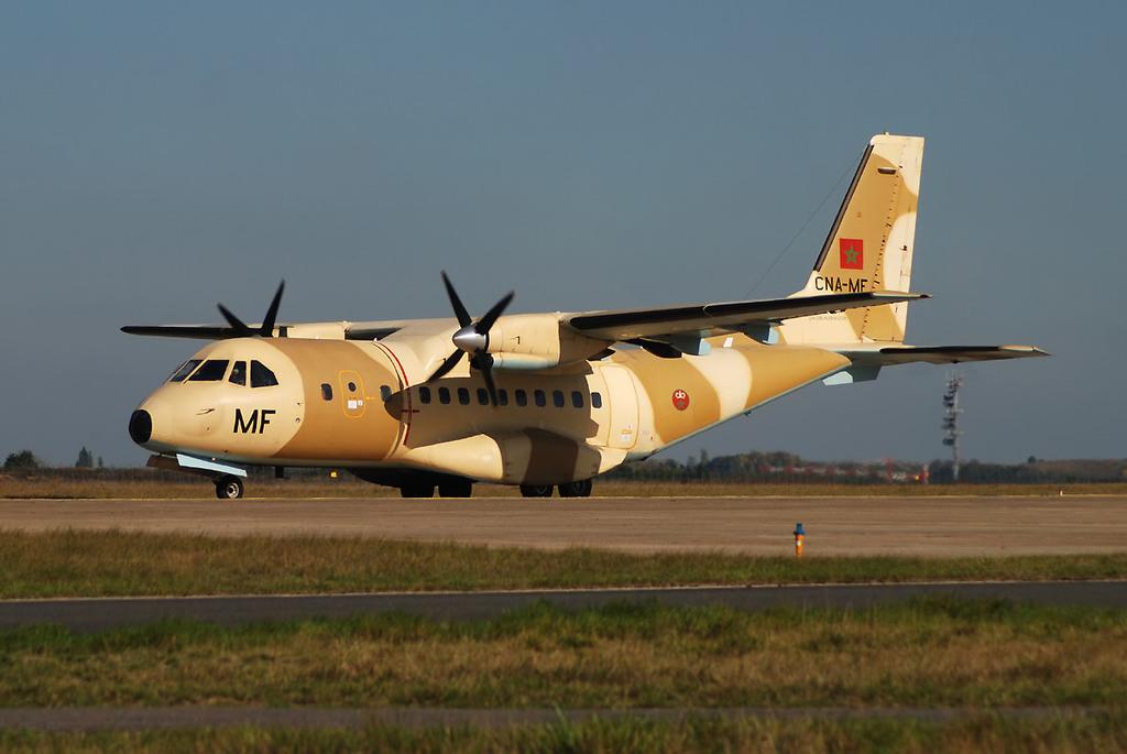FRA: Photos d'avions de transport - Page 7 Acb7h10