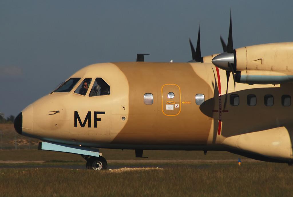 FRA: Photos d'avions de transport - Page 7 Acb810