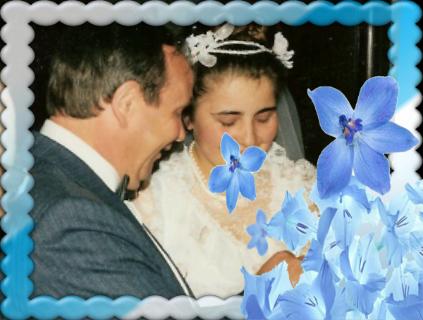 Montage de ma famille - Page 4 Flower12