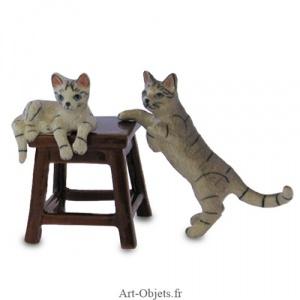 je cherche des figurines chats 1387-f10