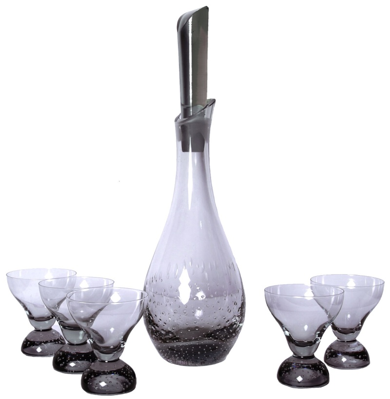 Need Help to ID Controlled Bubble Decanter Set Contro10