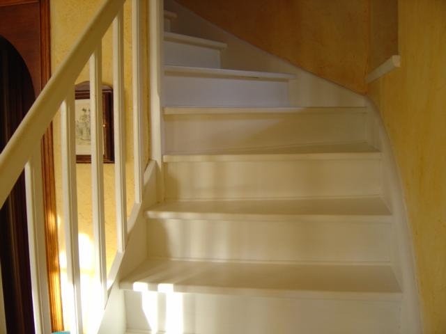 Peindre un sol Escali10