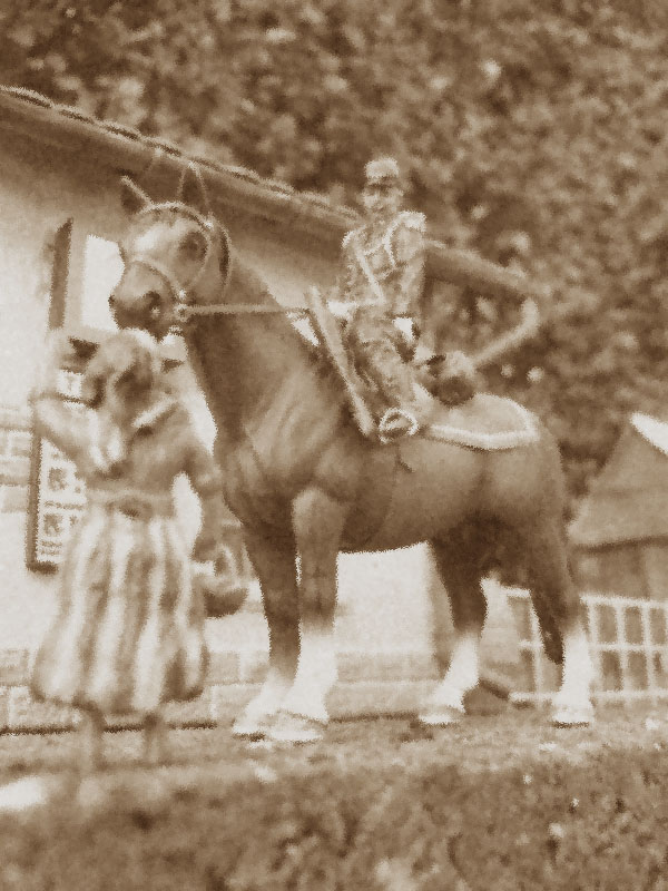 A Mounted Gendarme, from c1910 - Page 3 Gendar10