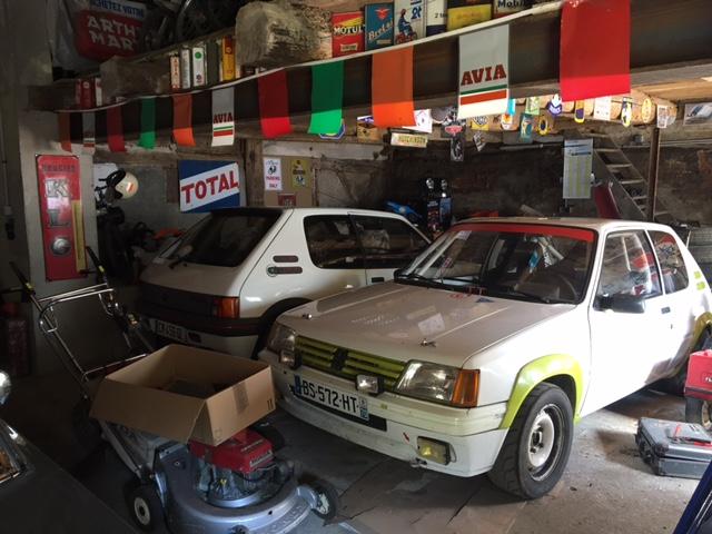 [maxren]  Rallye - 1300 - Blanche - 1988 R810