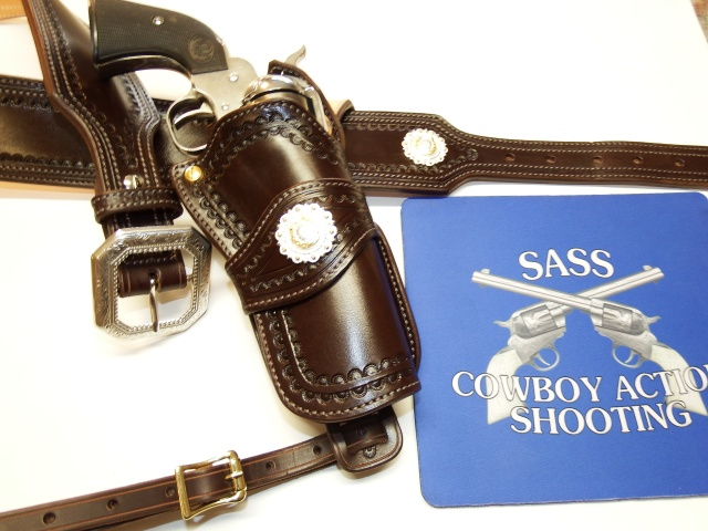 ALBUQUERQUE C.A.S HOLSTERS by SLYE Dscf4023