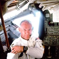 QUESTION LUNAIRE Aldrin10