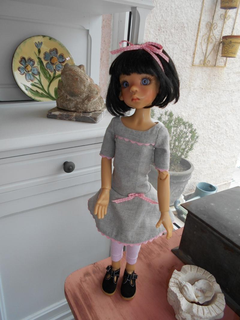 Jane se prépare pour les vacances - nouvelles tenues p 2  - Page 2 Dscn0028