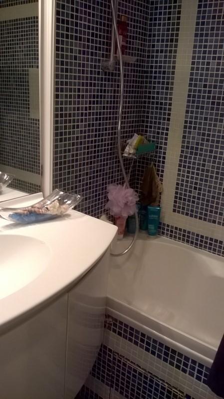 On fait péter la salle de bain  - Page 2 1012