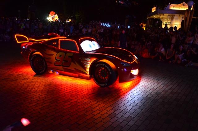 [Hong Kong Disneyland] Nouvelle parade nocturne : Disney Paint the Night (1er Octobre 2014)  - Page 4 Dsc_0514