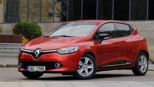 2016 - [Renault] Clio IV restylée - Page 19 Terecl10