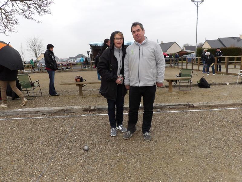 Championnat Doublette Mixte et Jeunes à Gennes S/Glaize 104_0311