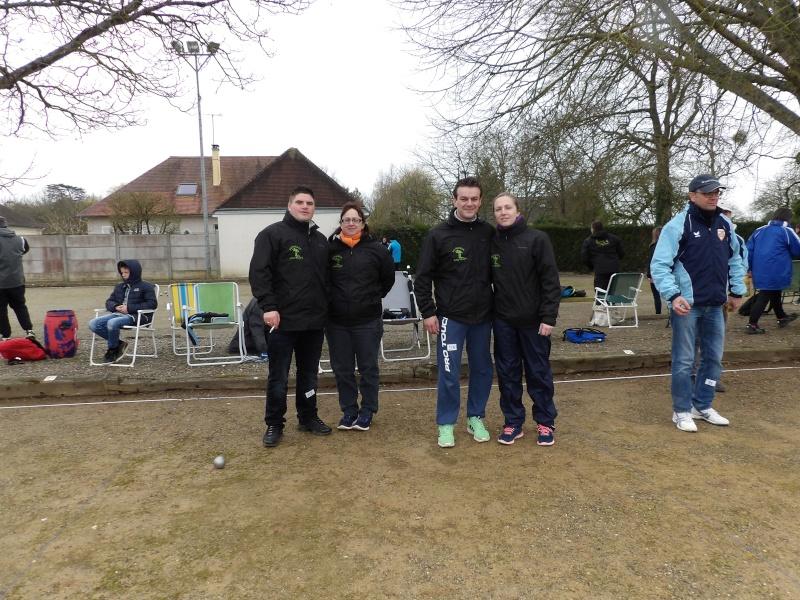 Championnat Doublette Mixte et Jeunes à Gennes S/Glaize 104_0312