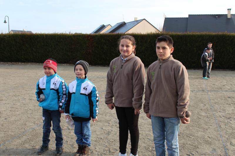 Championnat Doublette Mixte et Jeunes à Gennes S/Glaize Img_4112