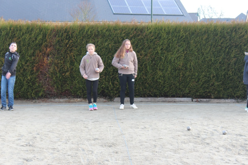 Championnat Doublette Mixte et Jeunes à Gennes S/Glaize Img_4114
