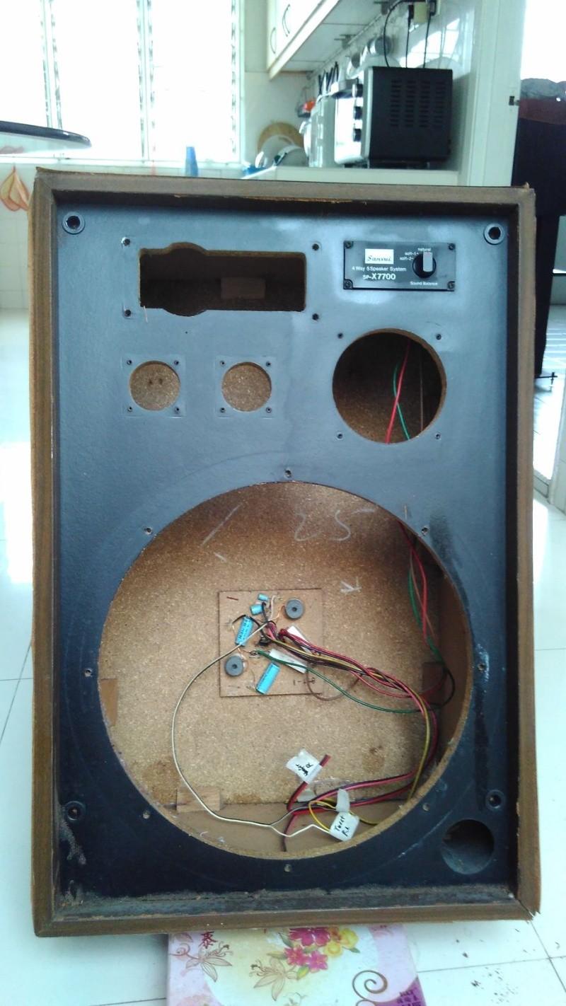 Rebuilding a pair of vintage Sansui speakers SP-X7700 Img_2047