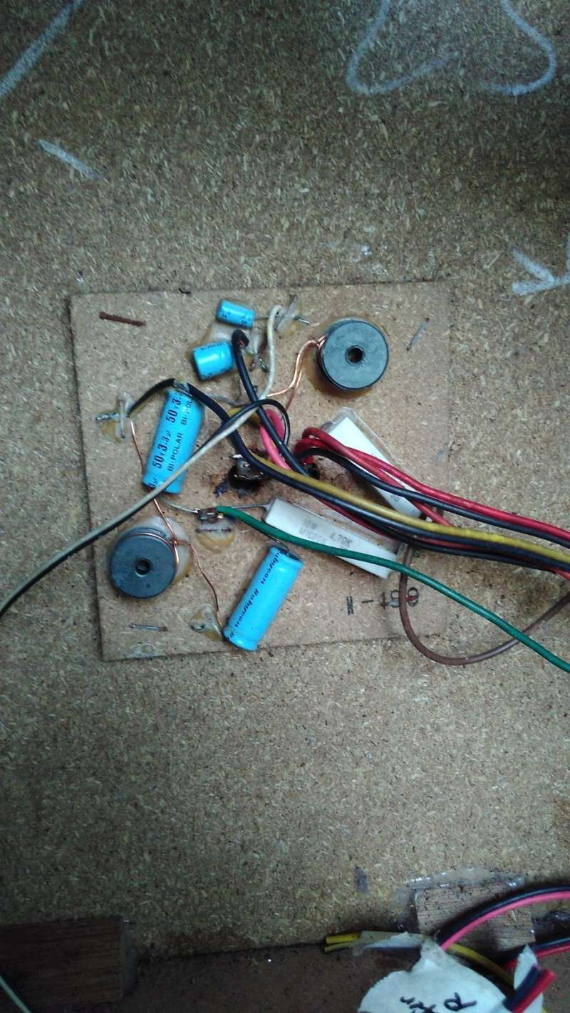 Rebuilding a pair of vintage Sansui speakers SP-X7700 Img_2049