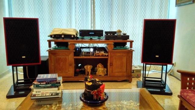 Rebuilding a pair of vintage Sansui speakers SP-X7700 Img_2063