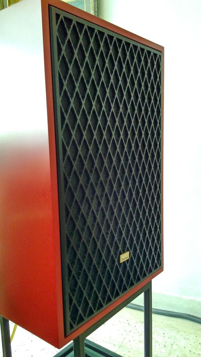 Rebuilding a pair of vintage Sansui speakers SP-X7700 Img_2064