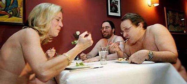 25.000 prenotazioni nel ristorante per nudisti 2eaae310