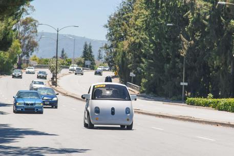 La Google Car ora suona anche il clacson - Pagina 2 41b28310
