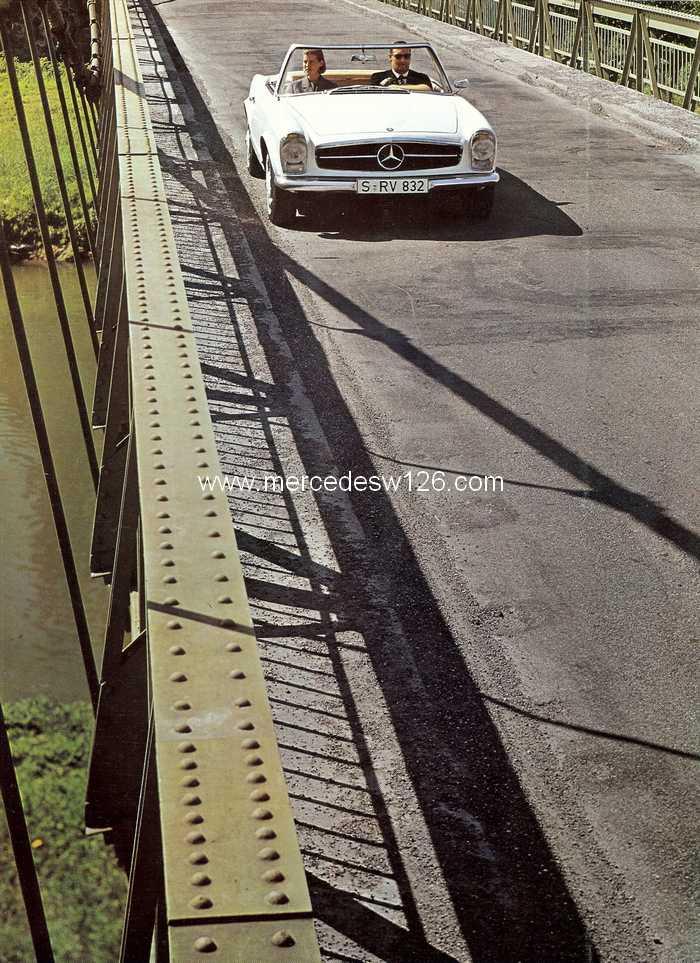 """Catalogue de 1966 sur la Mercedes W113 """"pagode"""" 230 SL 230_sl30"""