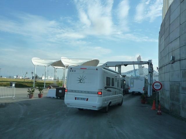 [Maroc/Le Bateau] Embarquement au port de Tanger Med P1130616