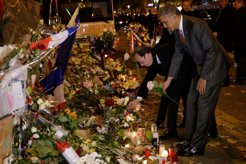 Une vie de statue (Paris, place de la République) 77806810