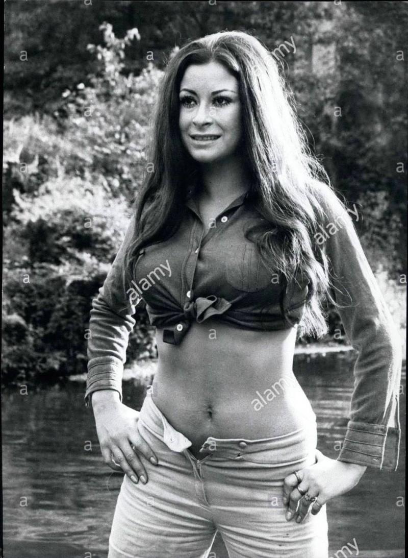 [Actrice]Cristina Iosani Apr-0910