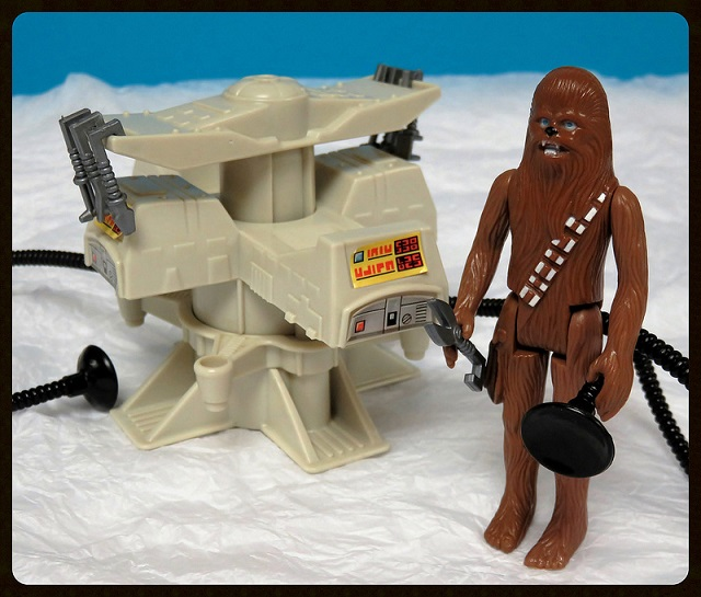 PROJECT OUTSIDE THE BOX - Star Wars Vehicles, Playsets, Mini Rigs & other boxed products  - Page 8 Vme_ts10