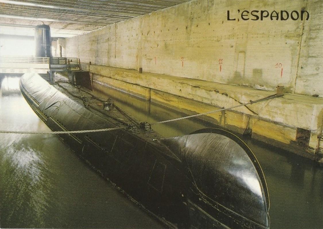 [ Les musées en rapport avec la Marine ] L'Espadon à St Nazaire Espado15