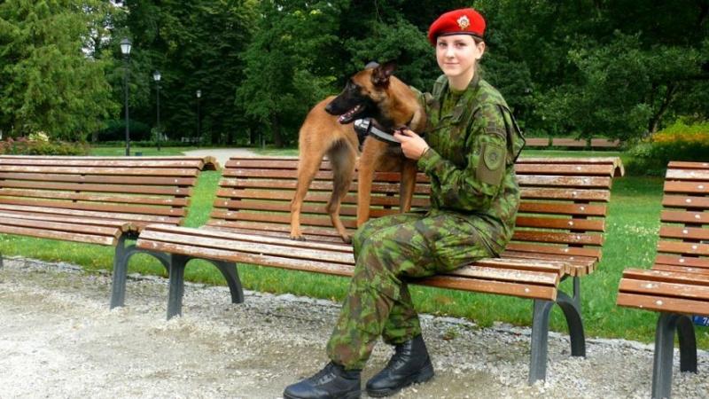Lithuanian military and paramilitary berets Kp110