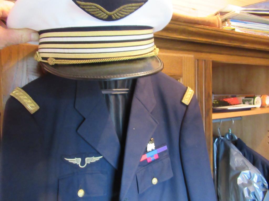 Aviation un lieutenant colonel Img_2414
