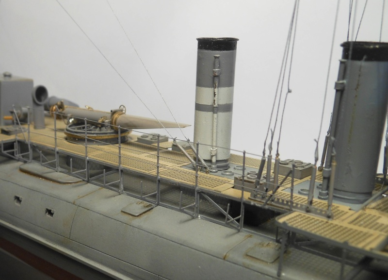 Aviso torpilleur 1905 en Scratch intégral au 1/100ème - Page 11 30910
