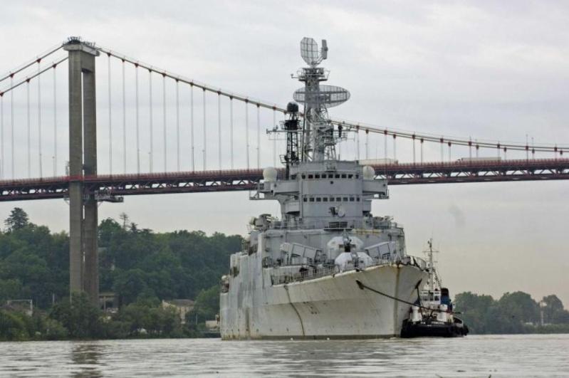 le croiseur COLBERT 20131110