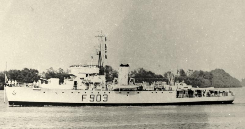 F903 A.F. Dufour (ex HMCS Winnipeg) Dufour10