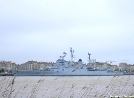 le croiseur COLBERT F897d810