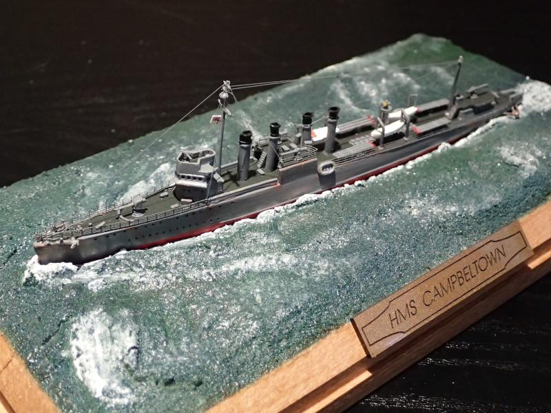 Collection de maquettes, vieux jouets et objets de marine P3100013